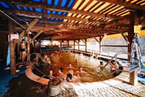 Теплі води Термальний басейн фото-04