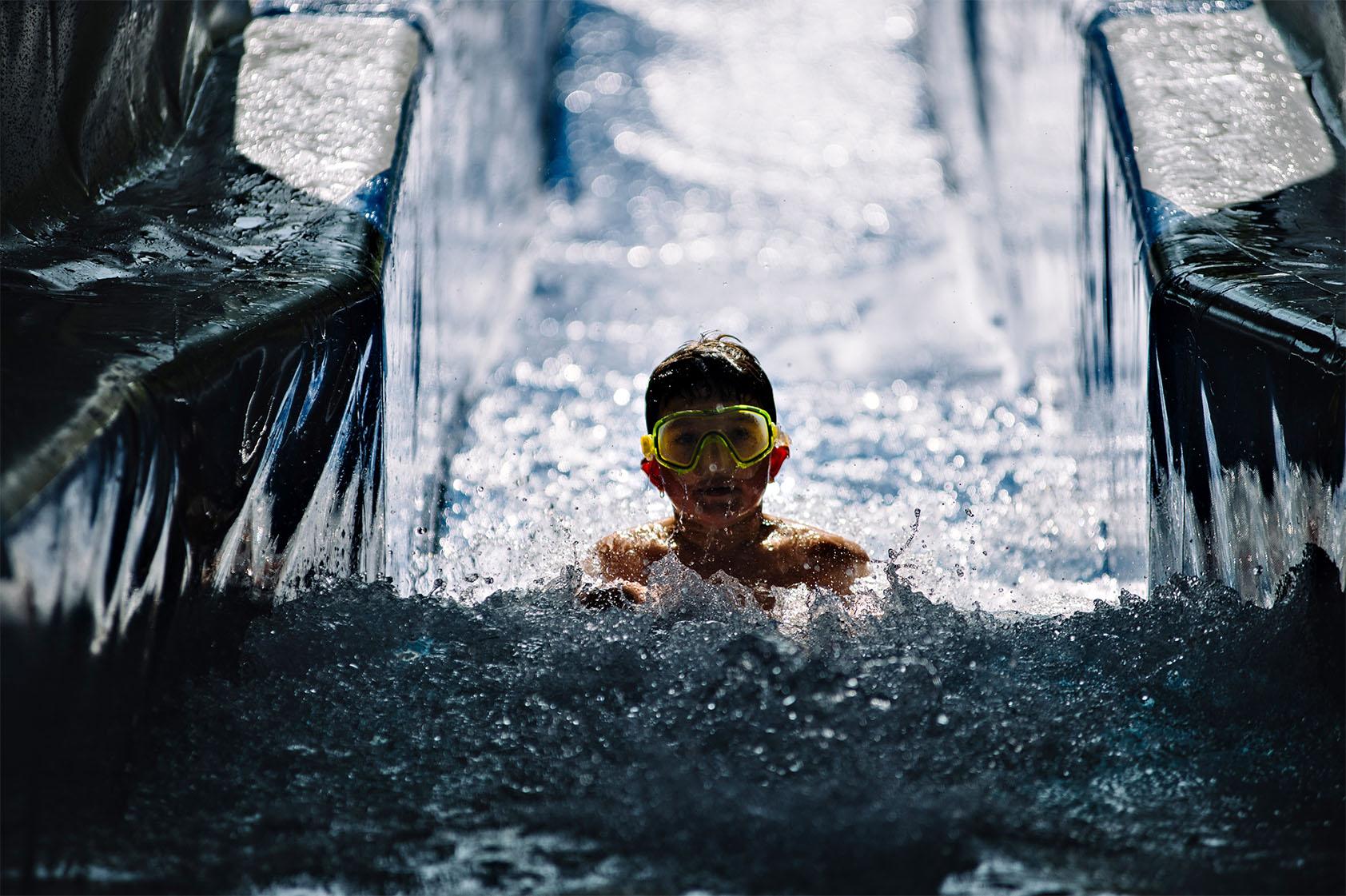 Теплі води Водна гірка фото-03